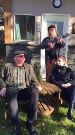 http://www.eesti.ca/movies/2017/teatriReklaam.jpg