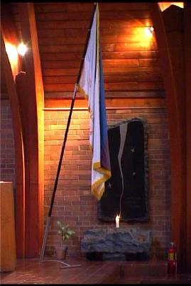 Mälestustahvel Soomepoistele Toronto Peetri kirikus - pics/2003/SMP100.jpg