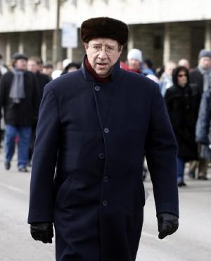 Kas Toomas Hendrik Ilvesest saab Eesti president? Sel pildil näeme teda Lennart Meri matuserongkäigus. Foto: Peeter Langovits, Postimees, 28.03.   - pics/2006/12918_1.jpg