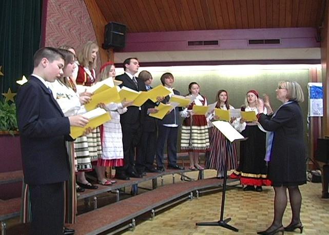 Toronto Eesti Baptisti koguduse noorteansambel - pics/2006/12984_9.jpg