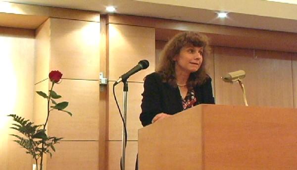 Professor Tiina Kirss - pics/2006/13299_11.jpg