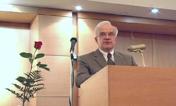 Toronto ülikooli Eesti õppetooli professor Jüri Kivimäe - pics/2006/13299_5.jpg