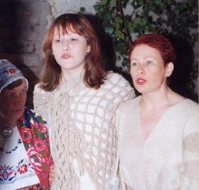 Kirile Loo kontserdil Ida-Virumaal koos tütar Karoliga. - pics/2006/13936_8.jpg