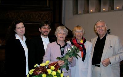 Viljar Puu Weimann ja pr. Weimann, pr. Raid, Stella ja Johannes Pahapill  - pics/2006/14289_1_t.jpg