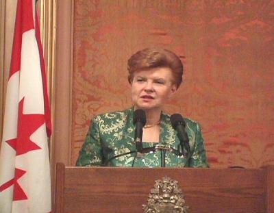 Her Excellency Vaira Vike Freiberga - pics/2006/14294_6_t.jpg