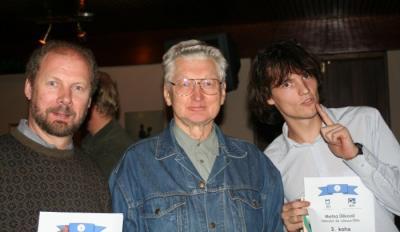 Bingolaskmise võitjad, vasakult Robert Hiis, Paavo Loosberg ja Madis Org. Foto: T. Mölder - pics/2006/14417_1_t.jpg
