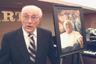 Maestro  Roman Toi talle kingitud maaliga. - pics/2006/14455_1.jpg