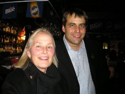 Kersti (Lepik) Wookey with son Simon Wookey at the election night gathering of the Toronto council candidate's supporters.  Photo: Adu Raudkivi   - pics/2006/14656_3.jpg