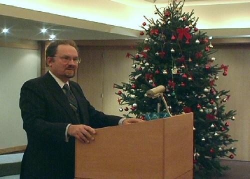 """Aktuse peakõne """" Usk Eesti tulevikku - reaalsus või hubris?"""" Prof. Toivo Miljan. korp! Rotalia - pics/2006/14775_11.jpg"""
