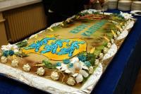 Nii uhket torti pakuti Eesti Kaitseväe 88. aastapäeval.    Foto: V. Polikarpus - pics/2006/14942_1_t.jpg