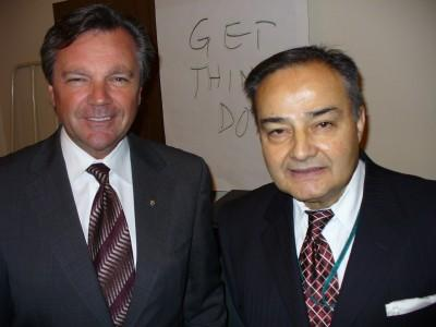 MPP Frank Klees and Thomas Saras, President of the National Ethnic Press  Council at the Ontario PC party's Christmas gathering for the media.  Photo: Adu Raudkivi - pics/2006/14942_5_t.jpg