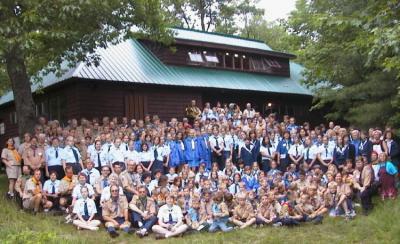 """Loodame, et järgmise suve """"Muskoka"""" suurlaager tuleb sama vägev kui fotol näidatud 2000.a. laager """"Julgus"""". - pics/2007/10/17755_1_t.jpg"""
