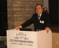Haridusminister Tõnis Lukas ütles, et Eesti on valmis üle võtma teatepulka ja tagama ESTOde korraldamise püsivalt Eestis.    Foto: Tiiu Pikkur         - pics/2007/11/18187_2_t.jpg