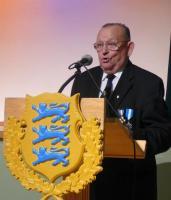 Eerik Purje esitas sõdurilaule. Foto: A. Raudsepp   - pics/2007/12/18405_3_t.jpg