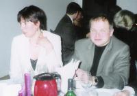 Ülle ja Tõnis Veltmann istusid seekord peolauas. Foto: E. Purje   - pics/2007/12/18532_2_t.jpg