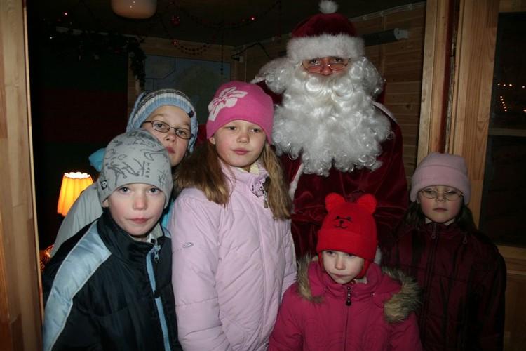 - pics/2007/12/jouludeestis/26.jpg