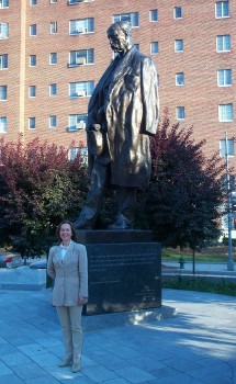 Iivi Zajedová at the statue of Tomás Masaryk in Washington, DC. Masaryk was the first president of Czechoslovakia, and the statue is located on Massachusetts Avenue, directly across the road from the Estonian Embassy. Photo: JBANC - pics/2007/15190_1.jpg