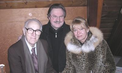 Meeldiv kohtumine Torontos. Vas. dr. Roman Toi, EKN-i esimees Avo Kittask ja Heli Polikarpus. - pics/2007/15586_1.jpg