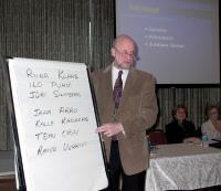 Juhatuse esimees Raivo Remmel uue juhatusega. - pics/2007/15967_1_t.jpg