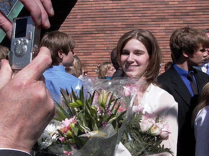 - pics/2007/16281_41.jpg