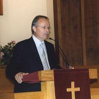 Paul Wilbiks rääkis isadepäevast.  Foto: I. Lillevars - pics/2007/16706_2_t.jpg