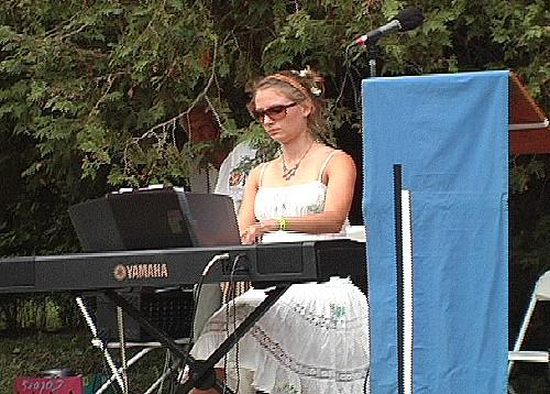 Kara Lis Coverdale - pics/2007/16731_14.jpg