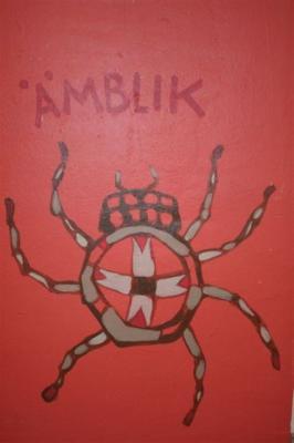 Seinamaalingute autor on ühtlasi laste kunstiõpetaja Piret Mildeberg. - pics/2008/02/18916_17_t.jpg