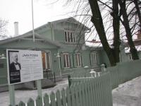 Esimese välisministri Jaan Poska maja   Kadriorus, Poska tänav 8.  Foto: T.P.     - pics/2008/02/18920_1_t.jpg