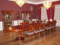Kunagises banketisaalis on endine suursugusus taastatud.  Foto: T.P. - pics/2008/02/18920_2_t.jpg
