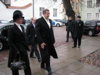 President Toomas Hendrik Ilves ja Evelin Ilves saabusid täpselt 9.57 kirikusse.    Foto: T. Pikkur         - pics/2008/02/19192_2_t.jpg