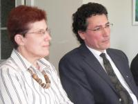 Tallinna Lastehaigla kirurg dr. Ann Paal ja Charité laste neurokirurgia korüfee dr. Hannes Haberl. Foto: Werner Siebert    - pics/2008/03/19325_1_t.jpg