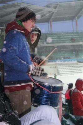 Kohal oli mitu trummimeest, kes lisasid hoogu juurde. - pics/2008/03/19442_25_t.jpg