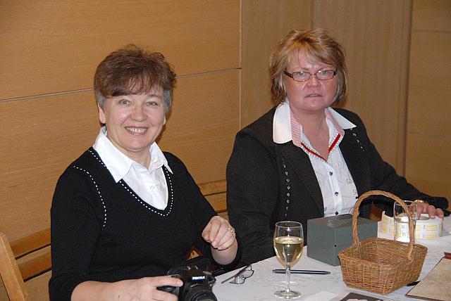 Sirje Simm ja Taivi Vohnja Tartu College'i Kunstikomiteest - pics/2008/03/19488_13.jpg