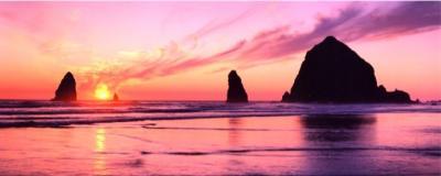 Haystack Rock õhtuehas. Foto: Oregoni osariigi võrgulehelt     - pics/2008/04/19667_1_t.jpg