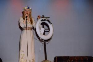 Koduteemaliste lauludega esines noor solist Kristi Roosmaa. Foto: I. Lillevars - pics/2008/05/19998_5_t.jpg