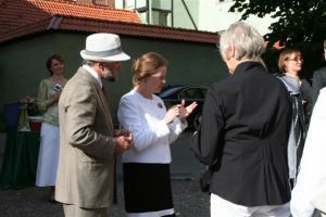 Sõbralik ja seltsiv Kanada suursaadik Balti riikides pr. Claire A. Poulin. - pics/2008/07/20320_19_t.jpg