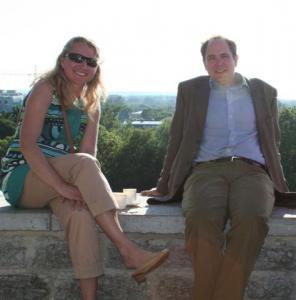 Suve nautiv paar: Johanna Helin ja abikaasa Andres Kasekamp. Fotod: Riina Kindlam - pics/2008/07/20320_27_t.jpg