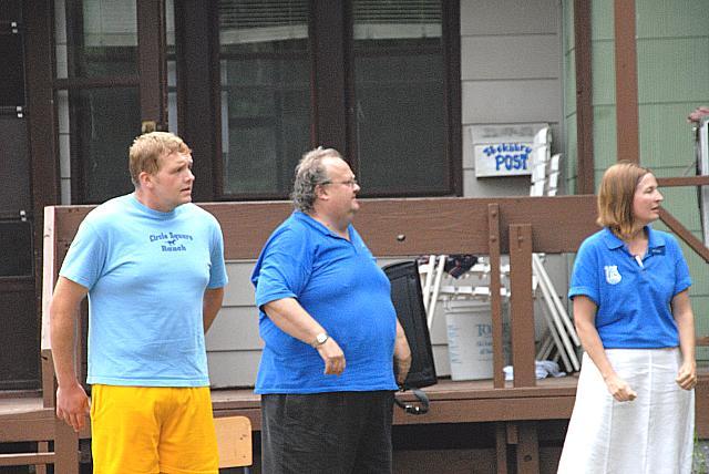 Laagri peakokk Jüri Kimsto, pillimees Allan Liik ja kasvataja Ellen Valter     - pics/2008/07/20441_8.jpg