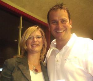 Caroline Alleslev koos piirkonna eelmiste valimiste konservatiivide  kandidaadi Peter Conroy¹ga.  Foto: A. Raudkivi   - pics/2008/08/20689_1_t.jpg