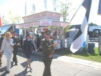 Eesti lippu kandis CNE paraadil ltn Silver Andre.  Foto: Ülo Isberg     - pics/2008/08/20746_1_t.jpg