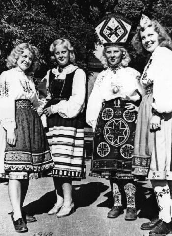 05 Geislingen 1948 teine vas vist Juta Maidre (hiljem Mõisa).jpg - pics/2008/11/21866_6.jpg