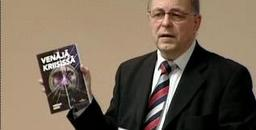 Soome majandusteadlane Veikko Saksi ennustab oma täna Tallinnas esitletud raamatus «Venäjä kriisissä» Venemaale hävingut ja täielikku kokku kukkumist.  Foto: Reporter.ee   - pics/2008/12/22018_1.jpg