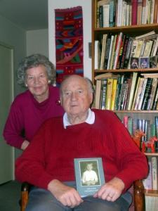 Hellar Grabbi koos oma abikaasa Irjaga nende kodus Alexandrias.  Foto: Vaike  Külvet. - pics/2008/12/22055_1_t.jpg