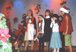 Täienduskooli 3. klassi õpilased käisid jõuluvana otsimas     - pics/2008/12/22182_2_t.jpg