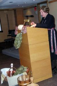 Teadustaja Aino Müllerbeck. Foto: H. Kurm - pics/2009/02/22817_3_t.jpg