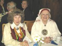 Vancouver Estonian Independence Day: Helmi Lepnurm, Laine Viitre.       - pics/2009/02/22952_1_t.jpg