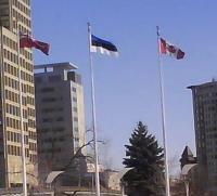Eesti lipp kõrvuti Kanada omaga Ottawas.  Foto: Ülle Baum - pics/2009/02/22969_2_t.jpg