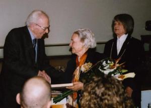 Juhan Laanes, Nelly Lind ja Evi Dulder. Foto: P.R. - pics/2009/03/23081_2_t.jpg