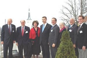Peaminister Andrus Ansip kohtus Stenbocki majas USA kongresmenidega.  Valitsuse pressibüroo - pics/2009/04/23362_1_t.jpg