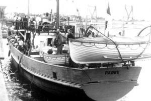 The Pärnu's stern. - pics/2009/06/24104_2_t.jpg